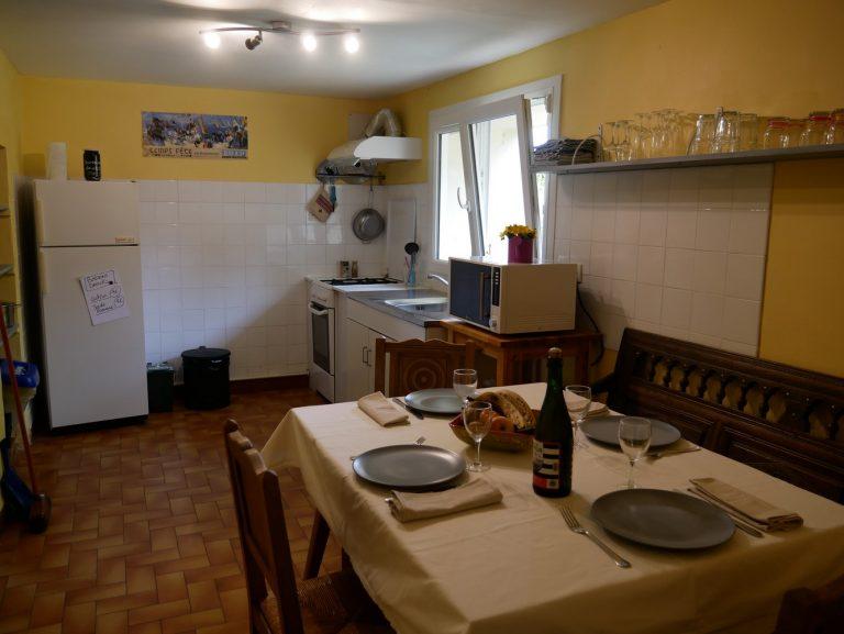 Cuisine à disposition rez-de-chaussée maison d'hôtes